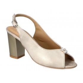 Sandały z odkrytą piętą