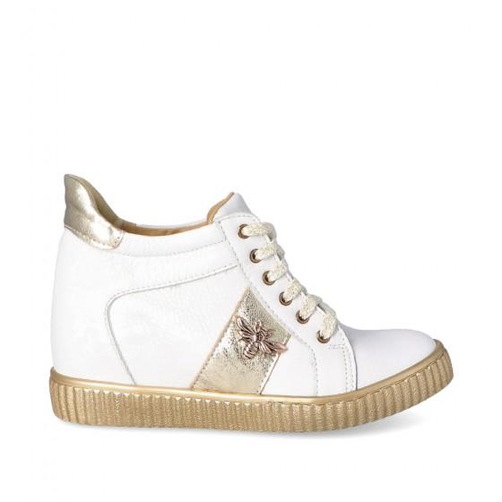 Sneakersy białe na koturnie